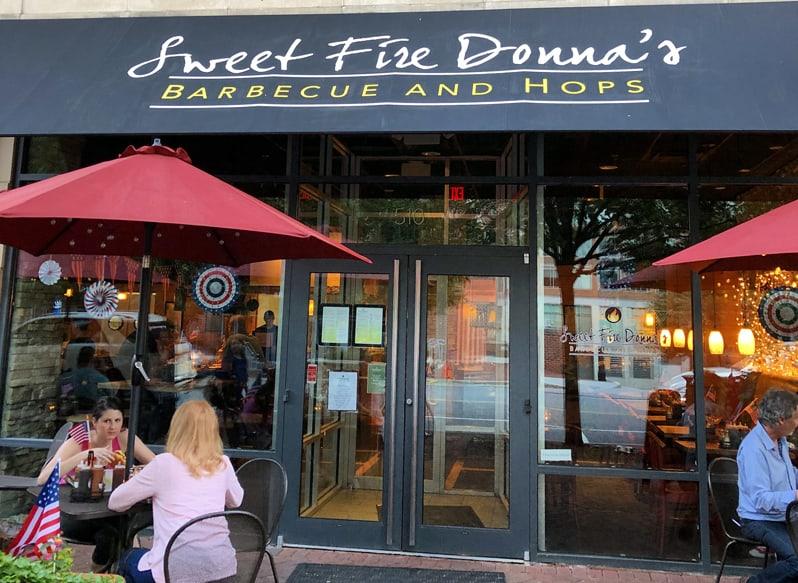 Sweet Fire Donna's is a great contemporary neighborhoodjoint that's awesome for watching sports. Sweet Fire Donna's islocated at 510 John Carlyle Streetinthe Carlyle neighborhoodof Alexandria, Virginia.