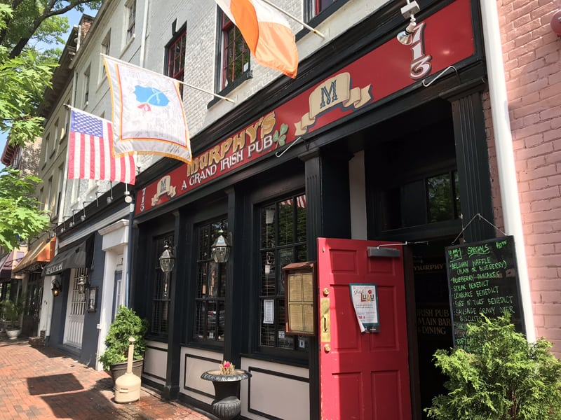 Murphy's, located in the hear ofOld Town Alexandrialike Mackie's, is another great sports bar in Alexandria, Virginia.