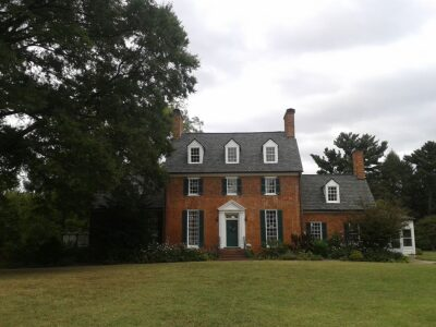 Five of Old Town Alexandria's finest private homes and gardens will open to the public as part of Historic Garden Week in Virginia, the nation's oldest and largest collection of house and garden tours.